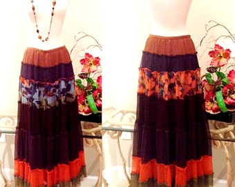 Free Shipping in USA! Vintage BCBG MAXAZRIA Silk Festival Skirt; Size Small/Medium; Multi Patterned & Fully Lined; Hippie/Boho/Folk/Western
