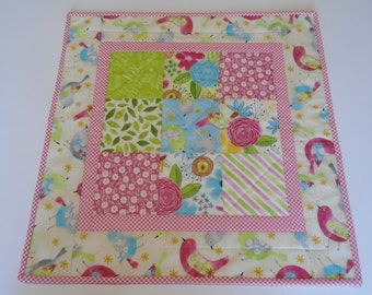 Quilted Table Topper Spring Flowers and Birds, Floral Table Quilt, Quilted Table Runner, Cottage Chic Table Topper, Quilted Candle Mat