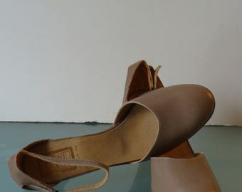 Made in Italy Beene Bag Ankle Strap Shoes Size 8 US