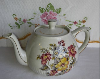 Vintage Ellgreave Wood and Sons Flower Bouquet Gold Trim Teapot, Ellgreave Transferware Full Size Teapot, English Ironstone Teapot