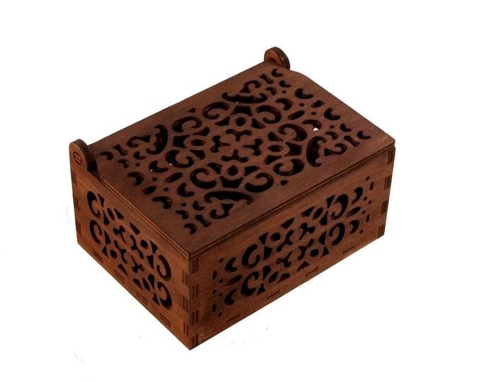 Openwork wooden jewelry box