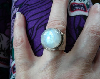 10c Moonstone Wide Band Ring, Size 6