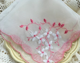 Craft Cutter,Hankie,Vintage,Pink & White,Embroidered,Flowers,Scalloped Edge,Sewn in Pink Hankie,Vintage Embroidered,White Flowers,Pink Edge