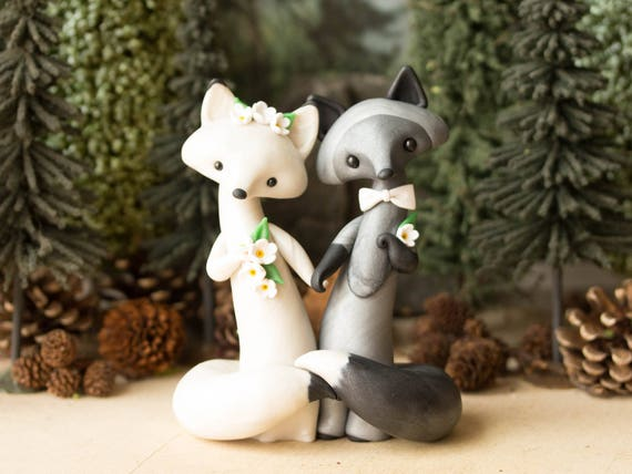 Fox Wedding Cake Topper - Silver Fox and Arctic Fox by Bonjour Poupette