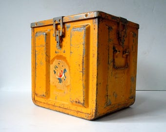 Vintage LARGE Metal Ammo Box / Storage Organization / Industrial Decor / Yellow / Large Metal Box with Handles Latch
