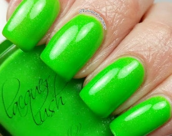 "shimmer nail lacquer, ""green flash"""