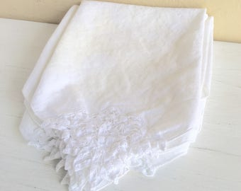 Vintage Napkins White Decorative Edge Cutwork Large Set of 6 All White