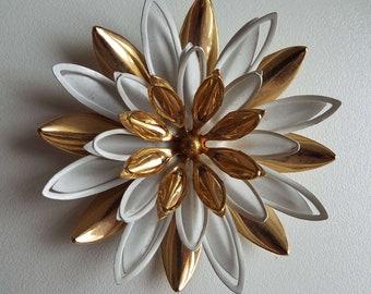 Vintage 1960's Sarah Coventry Flower Brooch Pin 3D Brooch Daisy Brooch Large Brooch