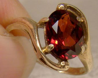 10K Garnet Solitaire Ring 1950s - Size 3-3/4