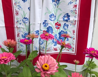 Vintage Tulip Pattern Tablecloth