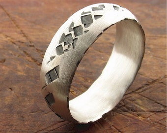 Rustic mans wedding band in black and white silver 8mm wide. Lakeland Path wedding ring original design