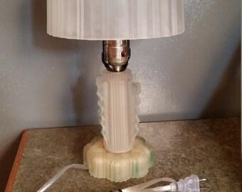 Vintage 1930's Art Deco Lamp
