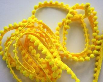 Baby Pom Pom Trim - Yellow Pom Pom Fringe