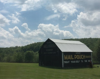 Mail Pouch Tobacco Barn photo on canvas