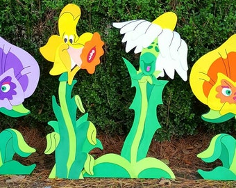 Alice in wonderland/ Tugley woods/ singing flowers party/yard props/ room decor