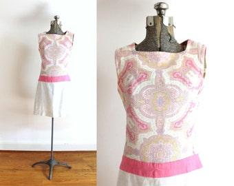 60s Dress / 1960s Mini Dress / 60s Beige and Pink Paisley Mini Dress