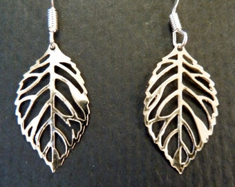 Silver Leaf Earrings - Perfect for fall!