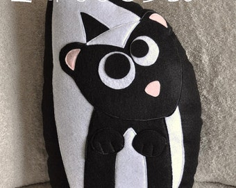 Ick the Skunk Plush Pillow PDF Tutorial and Printable Pattern