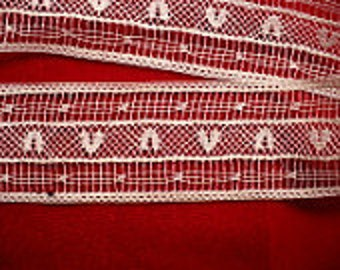 """1"""" Hannah's Heart Ecru Lace, Victorian White Insertion Lace Trim, Vintage Sewing Supply"""