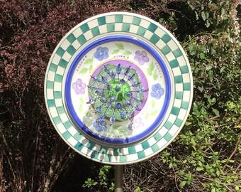 Glass Garden Plate Flower - Green Checkerboard