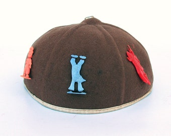 1940s-50s Glenover Wool Felt Child's Beanie Cap with Cracker Jack Toys - Charms
