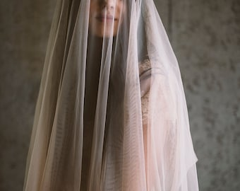 English net square cut drop veil, #1105