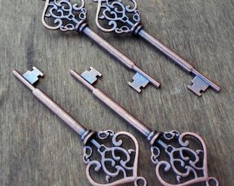 Large Skeleton Key Antiqued Copper Key Steampunk Vintage Style Old Look Key Wedding Favors 1pc
