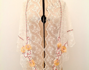 Beautiful 1920s lace shawl with ribbon work flowers vintage