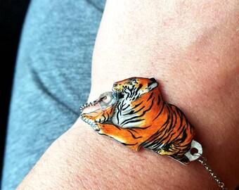 Tiger Bracelet, tiger jewelry, tiger gift, handdrawn jewelry, wildlife, shrink plastic jewelry, unique bracelet, animal bracelet,arm jewelry