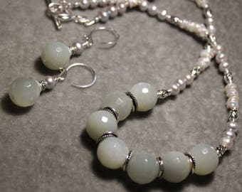 Moonstone and freshwater pearl necklace and earrings on sterling silver by EvyDaywear