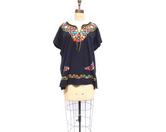 Vintage Mexican Embroidered Blouse Mexican Blouse Embroidered Shirt Peasant Blouse Black Embroidered Hippie Top Boho Festival Blouse M / L