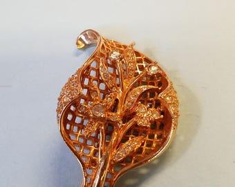 Vintage Rhinestone goldtone leaf brooch, leaf brooch, rhinestone brooch