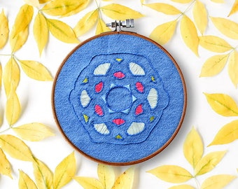 mandala embroidery pattern, GEM mandala, beginner embroidery, modern hand embroidery, contemporary embroidery, diy hoop art, home decor