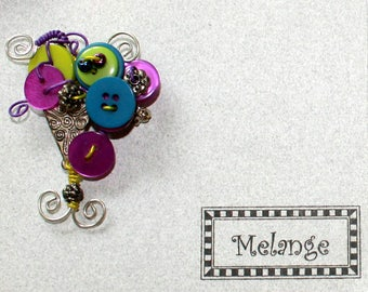 Vintage Fun and Funky Melange Handcrafted Button Beads and Metal Wire Pin Brooch