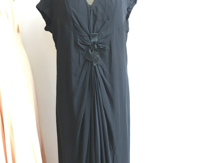HOLD HB 1930s Vionnet Design Black Gown with a Bow