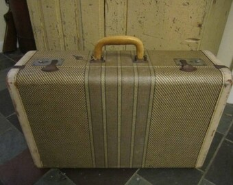 Vintage 1940's Striped  Tweed Suitcase with key. Sweet Little Tweed Suitcase  Shabby condition. Vintage Luggage Downton Abbey Suitcase