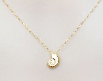 Gold, Ariel voice, Mermaid, Seashell, Necklace, The little mermaid, Ariel, Shell, Necklace, Lovers, Friends, Mom, Sister, Gift