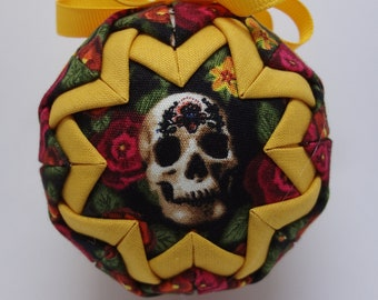 Quilted Fabric Ornament Dia de los Muertos Day of the Dead Skull Halloween