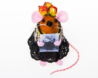 Frida Kahlo Mouse - collectable art rat artists mice cute art artisan soft sculpture toy stuffed plush doll gift for painter artist feminist