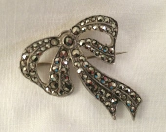 """Marcasite and Silver Victorian """"Bow"""" Brooch"""