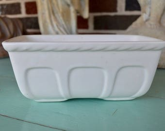 Vintage White Hull Planter, USA, Shabby Chic, Pottery, Vessel, Container