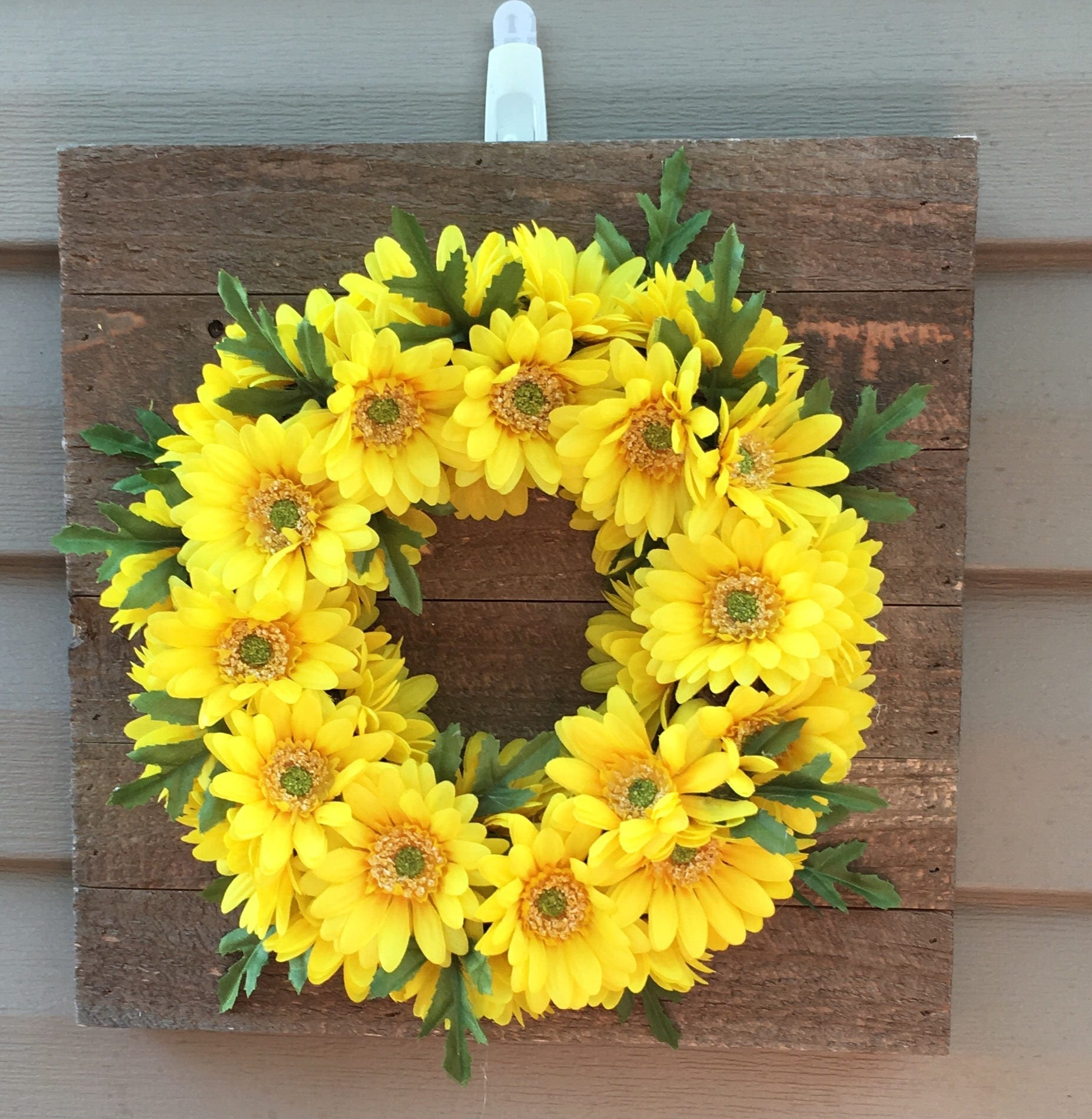Rustic Farmhouse Yellow Wreath Wall Decor Front door Door