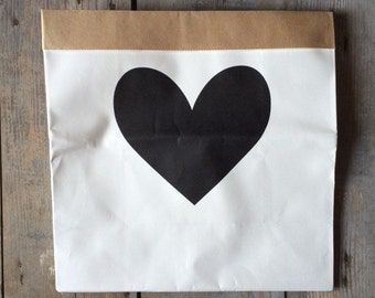 Basket container white black heart with 32 x 32 x 16 card Pack internal measures cm