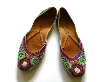 Vintage Blue beaded and jewel leather Slippers from India Sz 10