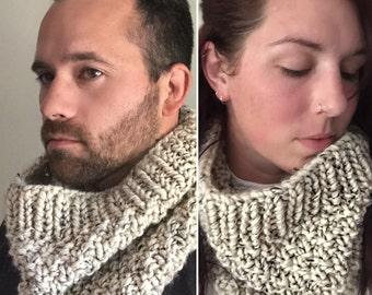 Unisex Knit Cowl. Oatmeal