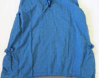 Blue Ladies Top made in Nepal. 100 % cotton. Lightweight, perfect for summer!