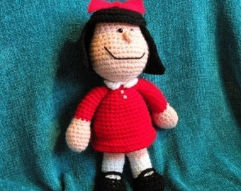 INSTANT DOWNLOAD - PDF Mafalda - 10.8 inches / 27 cm - amigurumi doll crochet pattern in Spanish.