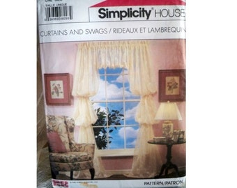 Simplicity 8996 - Vintage Curtains and Swags Pattern - Uncut