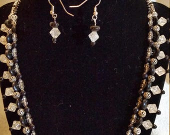Handmade Black and White OOAK necklace and earrings