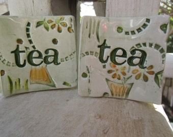 Green and Yellow Tea Bag Holders